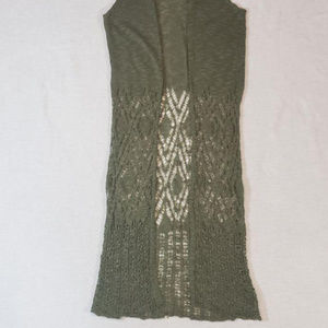 Charotte Russe knit green sleeveless cardigan/wrap
